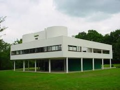 The architect Le Corbusier's International Style favors a strongly ________ organization of forms.